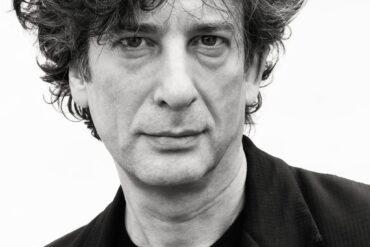 CCXPWorlds | Terá Neil Gaiman como convidado de honra desta edição