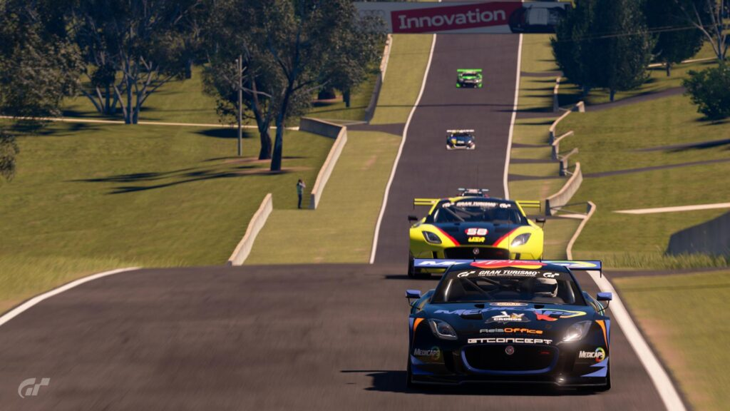 ApexGT mount panorama the hills