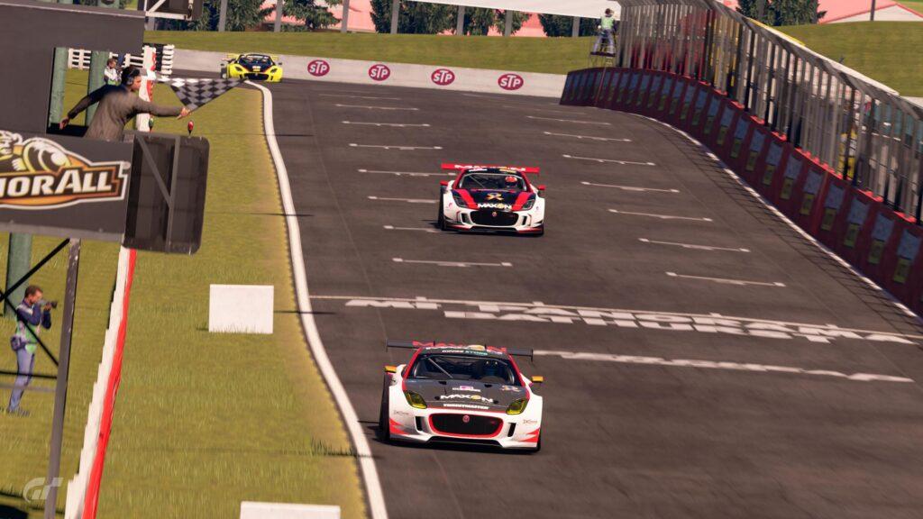 A ApexGT estreia a Apex Racing League na categoria Gran Turismo Sport. Mount Panorama, pela primeira vez o circuito australiano foi selecionado.
