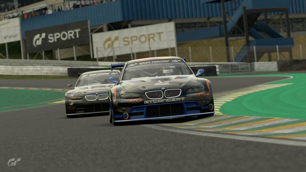 ApexGT Gran Turismo- Spartan e Pilotech